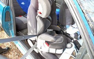 Broken child carseat